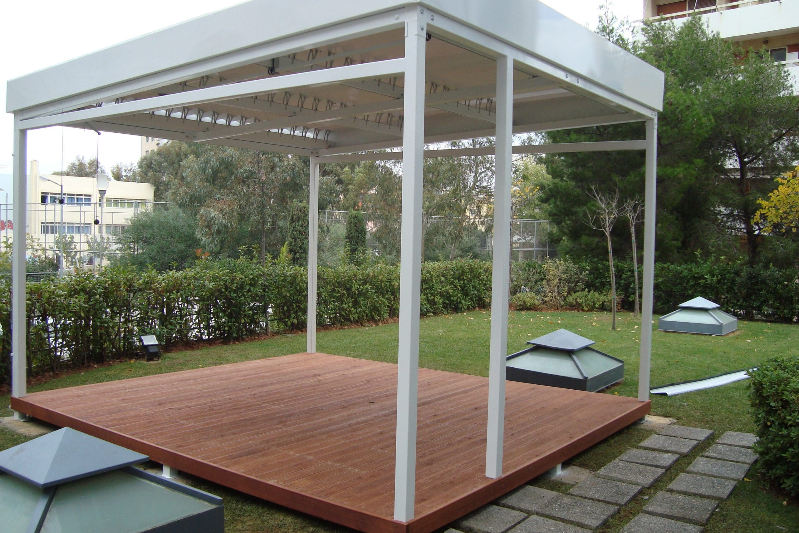 Deck (10)